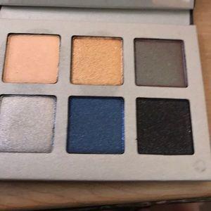 lorac 3D shadow palette